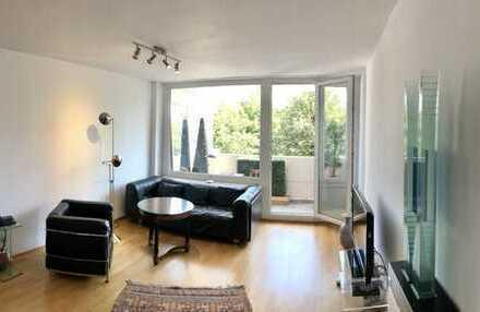 E&Co. - Nahe Flaucher: Freundliche, helle und gutgeschnittene 2 Zimmerwohnung mit 2 Südost-Balkonen