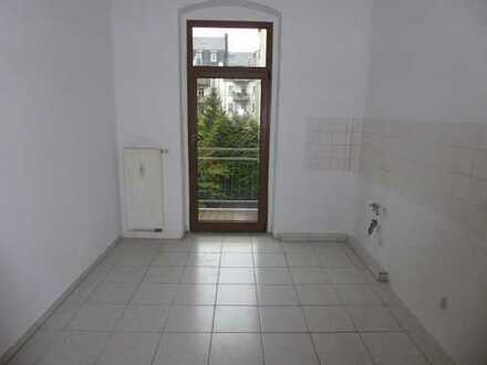 Preiswert und schick! - Hier ist Ihre neue 2-Raum mit Balkon in Hilbersdorf