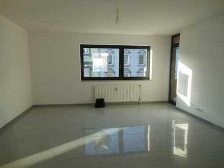 WBS Erforderlich ! Top geschnittene City-Wohnung in MG- Eicken gelegen ! gemütlicher Balkon !