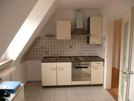 Gepflegte 2-Zimmer-Wohnung mit Einbauküche in Nürnberg Eibach / Röthenbach