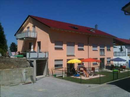 Schöne 5-ZKB im OG/DG mit Dachterrasse in Mering in einem 2-Familienhaus