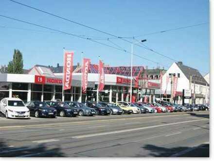 Günstiges Büro Zentral im Zwickauer Autohaus zu vermieten 2x kurzfristig verfügbar.