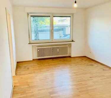 ** Schicke helle- 3 Zimmerwohnung - Hochparterre Dellbrück **