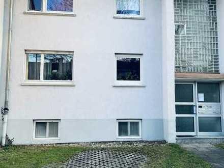 Schnuckelige 2 Zimmer Dachgeschosswohnung inkl. Einzelgarage 3%Rendite