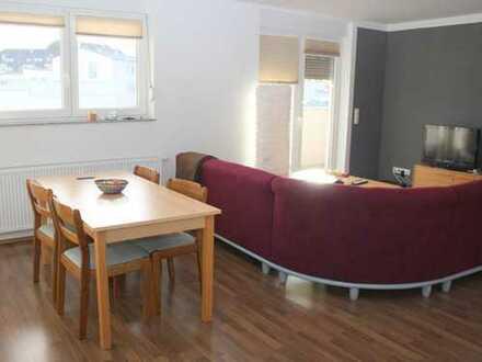 KL-Nähe City - Schöne 4-Zimmer-Erdgeschoß-Wohnung mit Balkon