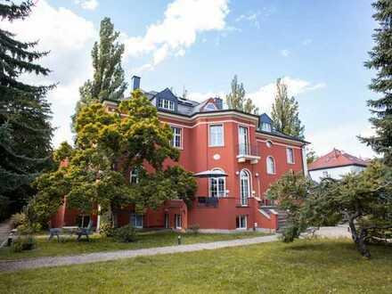 RE/MAX+++Atemberaubende Galeriewohnung mit Garten+++180m² Wfl.+++4,5 Zimmer+++sonnig und grün
