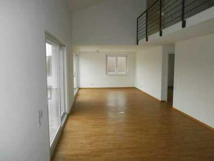 Exklusive 4,5-Zimmer-Penthouse-Wohnung auf 2 Etagen mit 2 Terrassen in Kehl-Sundheim