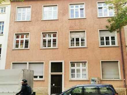 Attraktives Mehrfamilienhaus als Kapitalanlage in der Karlsruhe-Südweststadt
