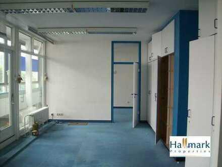 Penthouse-Praxis/ Büro mit lichtdurchfluteten Räumen. Provisionsfrei