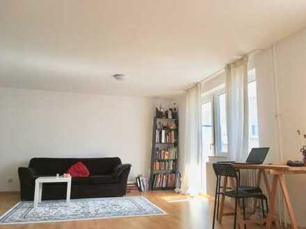 Schöne, geräumige ein Zimmer Wohnung in Pforzheims Zentrum