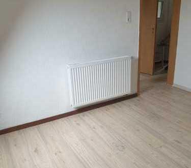 2 Zimmer Wohnung im DG