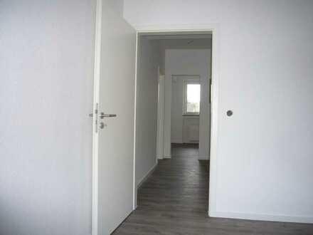 Erstbezug nach Sanierung ; ansprechende 3-Zimmer-Wohnung in Alkenrath