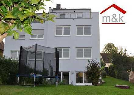 Butzbach: Moderne Doppelhaushälfte, Garten, Terrasse, Stellplatz. Vermietet!