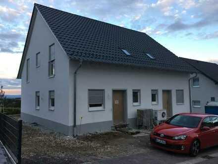Erstbezug: attraktive 4-Zimmer-Doppelhaushälfte zur Miete in Ober-Flörsheim, Ober-Flörsheim