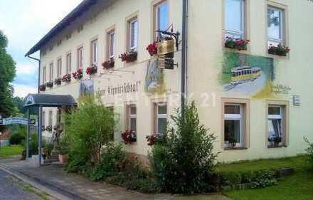 Gepflegte Pension mit Gaststätte oberhalb des schönen Kirnitzschtals.