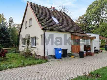 Idyllisches Eigenheim für Selbstversorger: Saniertes 3-Zi.-EFH mit großem Grundstück in Altenhagen