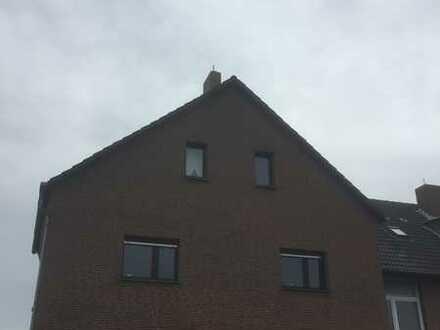 Schöne 5-Zimmer-Maisonette-Wohnung in Köln - Immendorf