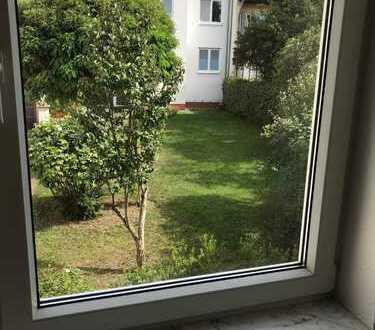 Schöne, geräumige drei Zimmer Wohnung 96 qm in Bonn, Lengsdorf