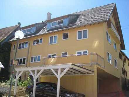 Schöne 4,5-Zimmer-Wohnung mit Balkon und Terrasse in Simmozheim