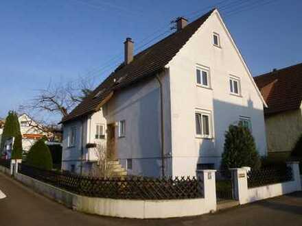 Schöne 3-Zimmer Wohnung in Ludwigsburg-Neckarweihingen mit großem Garten