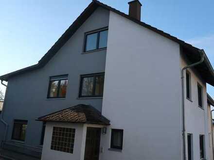 Erstbezug nach Sanierung: Attraktive Doppelhaushälfte in Pfinztal Berghausen