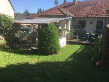Freundliche, vollständig renovierte 4-Zimmer-Wohnung zur Miete in Wolkersdorf