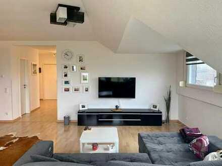 Schöne, ruhige u. lichtdurchflutete 3-Zimmer Wohnung in Mönchengladbach-Schelsen mit Blick ins Grüne