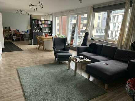 Helle und ruhige aber zentrale Wohnung nahe Hochschule, Bahnhof und Innenstadt
