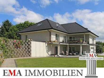 Großes Einfamilienhaus mit Luxusausstattung