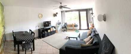 Freundliche 4-Zimmer-Wohnung mit Balkon und EBK in Walldorf