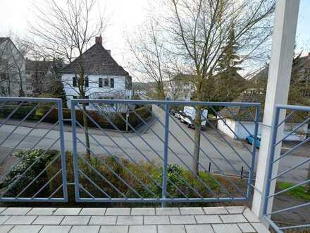 Helle Eigentumswohnung mit zwei sonnigen Balkonen - kann direkt selbst genutzt werden
