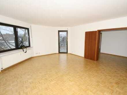 myHome-Immobilien / Supergünstige 3 Zi-Traum Wohnung, 110 qm mit Parkett und DACHTERRASSE