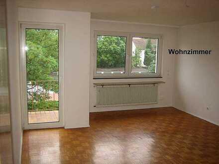 Erschwingliche Wohnung mit drei Zimmern in Kaiserslautern