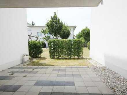 Barrierefreie 2 Zimmer Terrassenwohnung mit offener Küche, Parkettboden und TG Platz!
