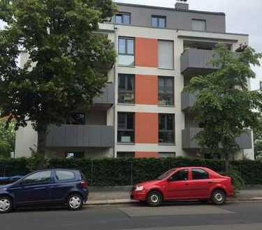 Schicke, neuwertige 4-Zimmer-Wohnung mit Balkon in Dresden Striesen