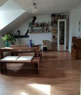 Schöne 5 Zimmer-Wohnung in Eisenberg (Pfalz) zu vermieten
