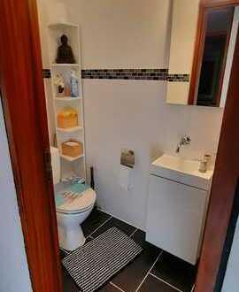 Exklusive, gepflegte 3-Zimmer-Wohnung mit Balkon und EBK in Marbach