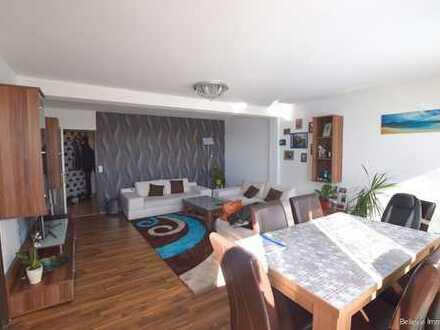 4-Zimmer-Wohnung mit Terrasse und Stellplatz in sehr zentraler Lage