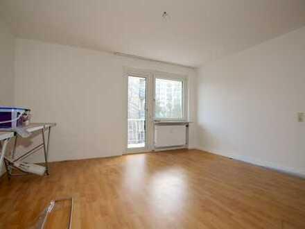 Frisch gestrichene 3-Zi-Wohnung mit ca. 63 m² Wohnfläche und Balkon