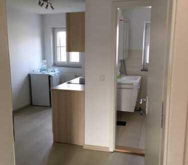 Vollständig renovierte 2-Zimmer-Wohnung mit Einbauküche in Burglengenfeld