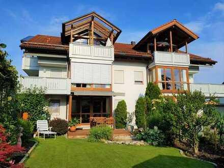 Für Kapitalanleger! Schöne und großzügige 4-Zimmer-Wohnung in toller Lage