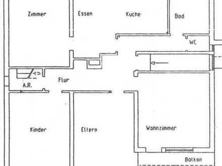 Günstige 4-Zimmer-Wohnung mit Balkon in Altenkunstadt