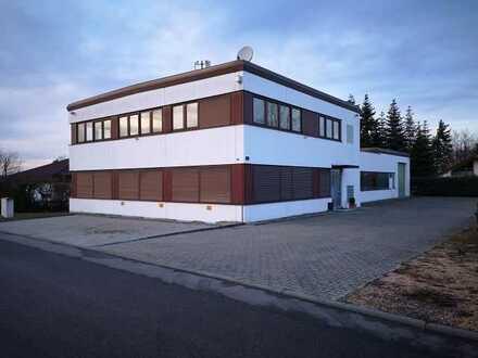 Gewerbeimmobilie + BAUPLATZ ca. 450m²