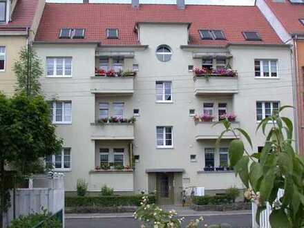 Renovierungsbedürftig:4-Zim-Whg-Fürstenried[Frei]