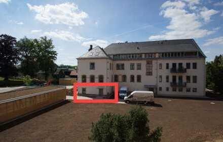 Praxis oder 3 bzw. 4-RWE - mit eigenem Eingang und Garten - wohnen am Schloss