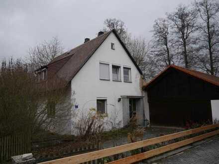 Zwangsversteigerung: Einfamilienhaus in Wiesau zu verkaufen