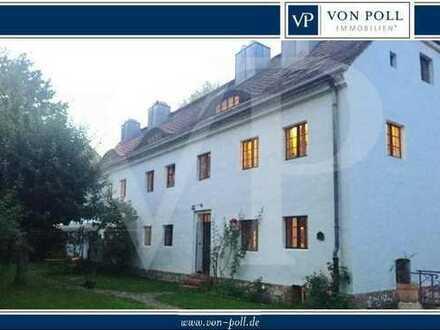 Historisches Familienhaus einer ehemaligen Gutsanlage