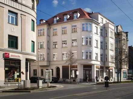 Hochwertig sanierte Dachgeschoss-Maisonette-Wohnung mit Wintergarten !