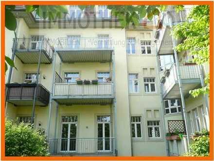 4-RWE mit Parkett & 2 Balkonen in Dresden-Striesen
