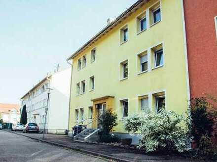 Geräumige, vollständig renovierte 1-Zimmer-Wohnung mit gehobener Innenausstattung in Karlsruhe